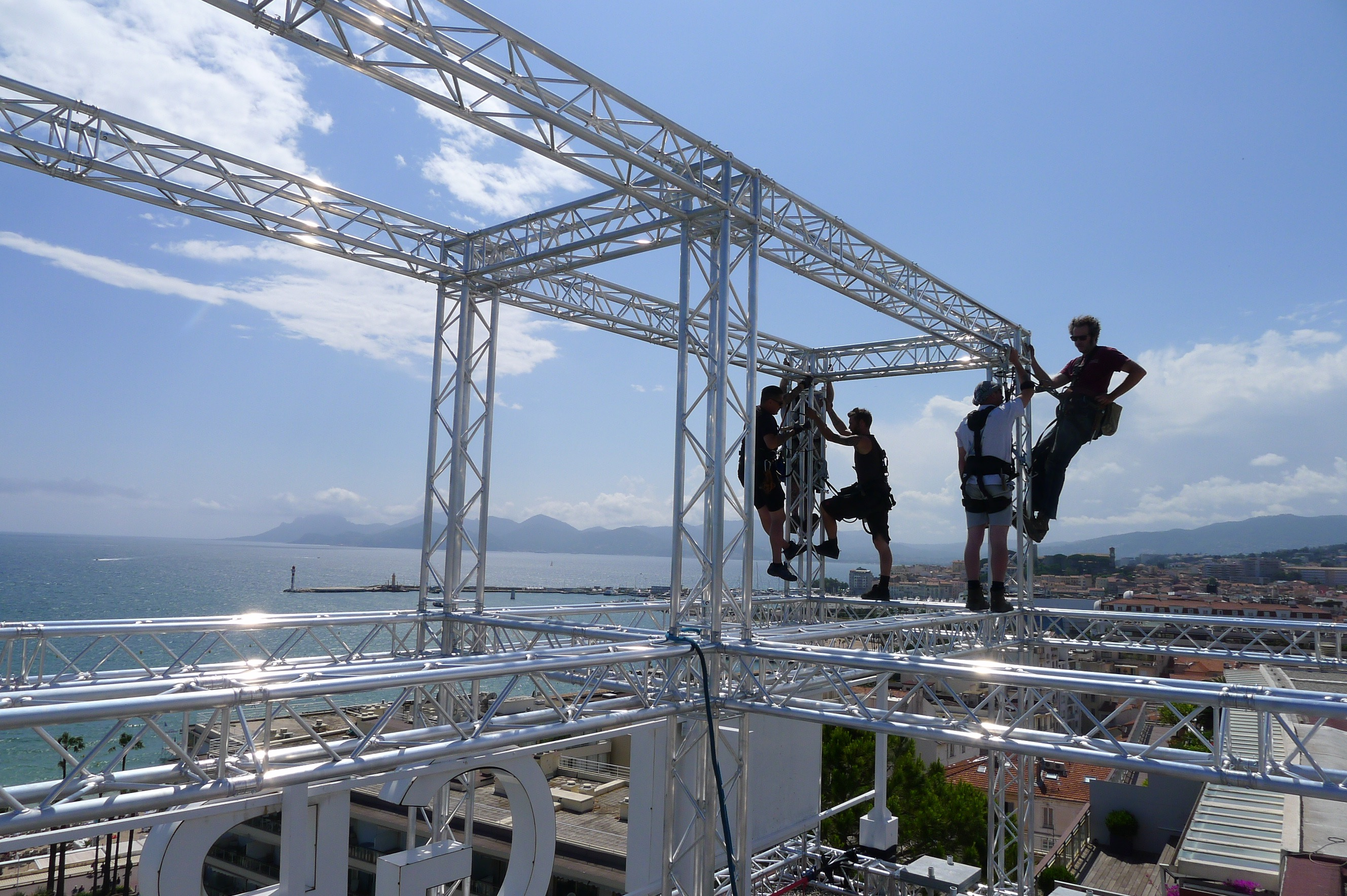 Rigging Services |