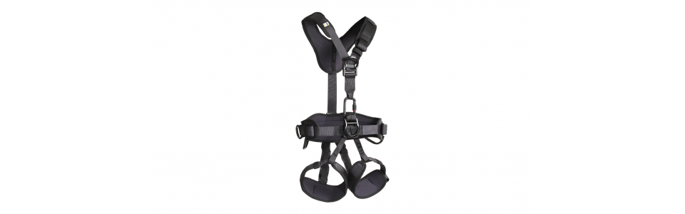 RS Noir Black Full Body Harness (front view)